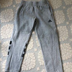 Adidas sweatpants boys size 10/12
